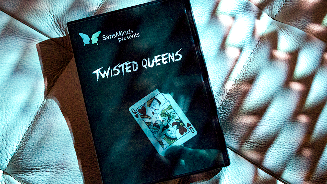 Twisted Queens (DVD and Gimmick)