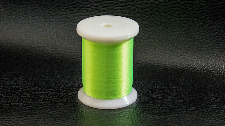 Super Glow UV Thread (Green) by Premium Magic