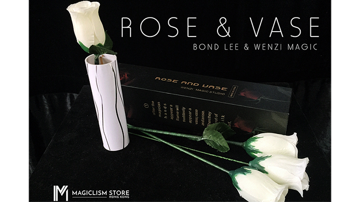 Rose & Vase by Wenzi Studio Presented by Bond Lee Erscheinende Vase & erscheinende Rosen