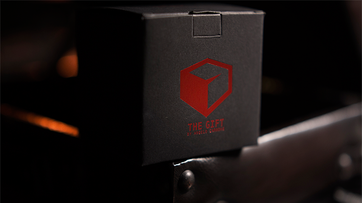 The Gift Red Limited Edition (Gimmick & Instrucciones Online) -