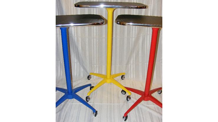 The Table the World Awaited (Yellow) by Rich Hill Zaubertisch mit Rollen, Gelb