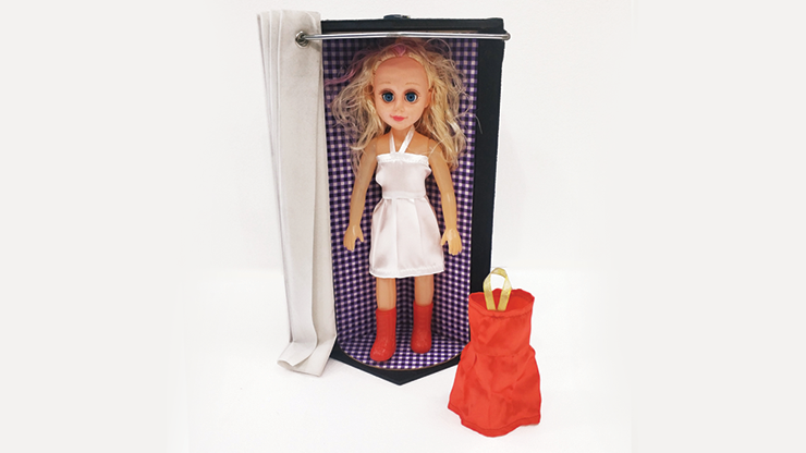 Dress Changing Doll - Tora Magic