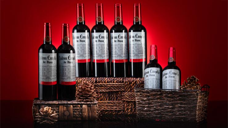 Hamilton Multiplying Wine Bottles - Tora Magic