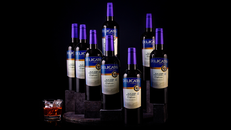 Lotus Multiplying Wine Bottles - Tora Magic