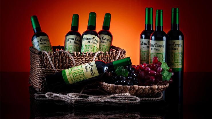 Green House Multiplying Wine Bottles - Tora Magic