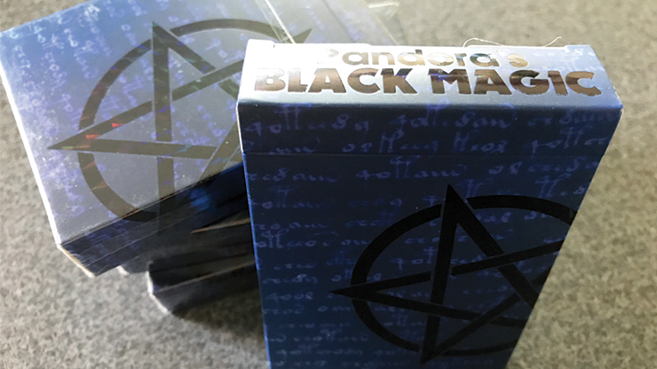 Carti de joc Black Magic