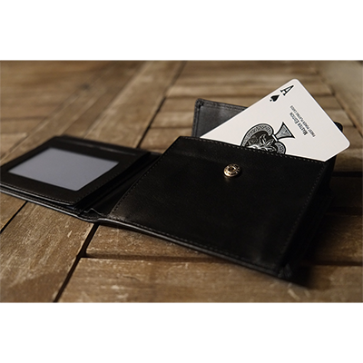 Multi-Effect Wallet by Dani DaOrtiz... MagicWorld Magic Shop