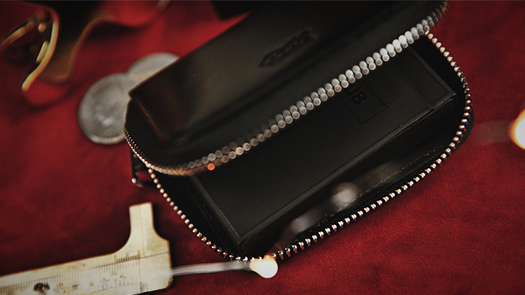 Zipper Playing Card Case (Leather)... MagicWorld Magic Shop