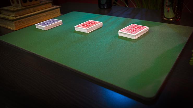 Deluxe Close-Up Pad 16X23 (Green)... MagicWorld Magic Shop