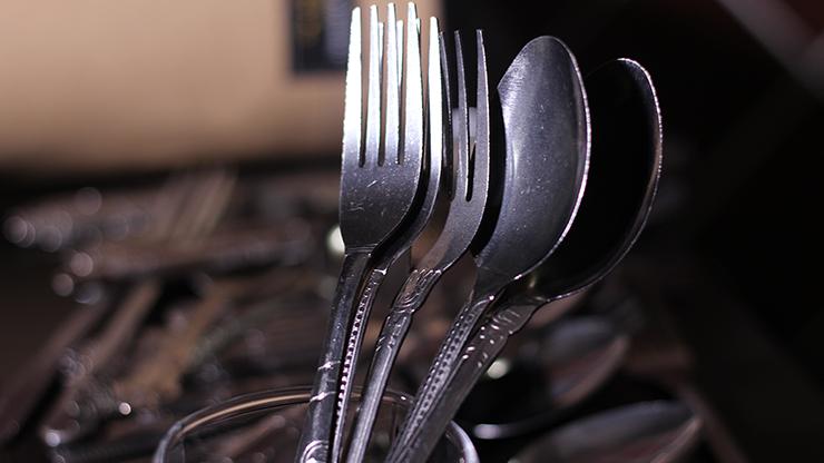 Easy Bending Silverware Spoons & Forks (50 ct.) - Trick