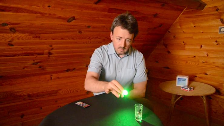 The Programable Light Thumb (Gimmicks... MagicWorld Magic Shop